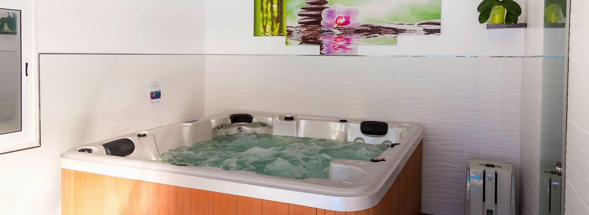 jacuzzi chambre d'hôtes spa de la sainte baume